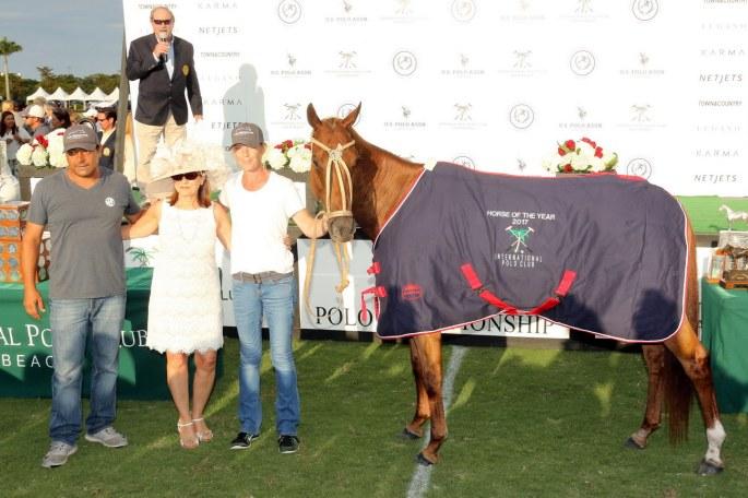 Temp0024-HorseoftheYear-LosMachitosJazzita- FacundoPieres